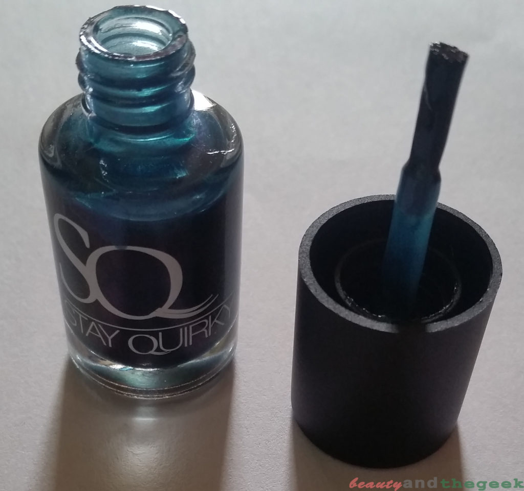 Stay Quirky Nail Polish Holographic Effect Black Magic - Talisman 1108