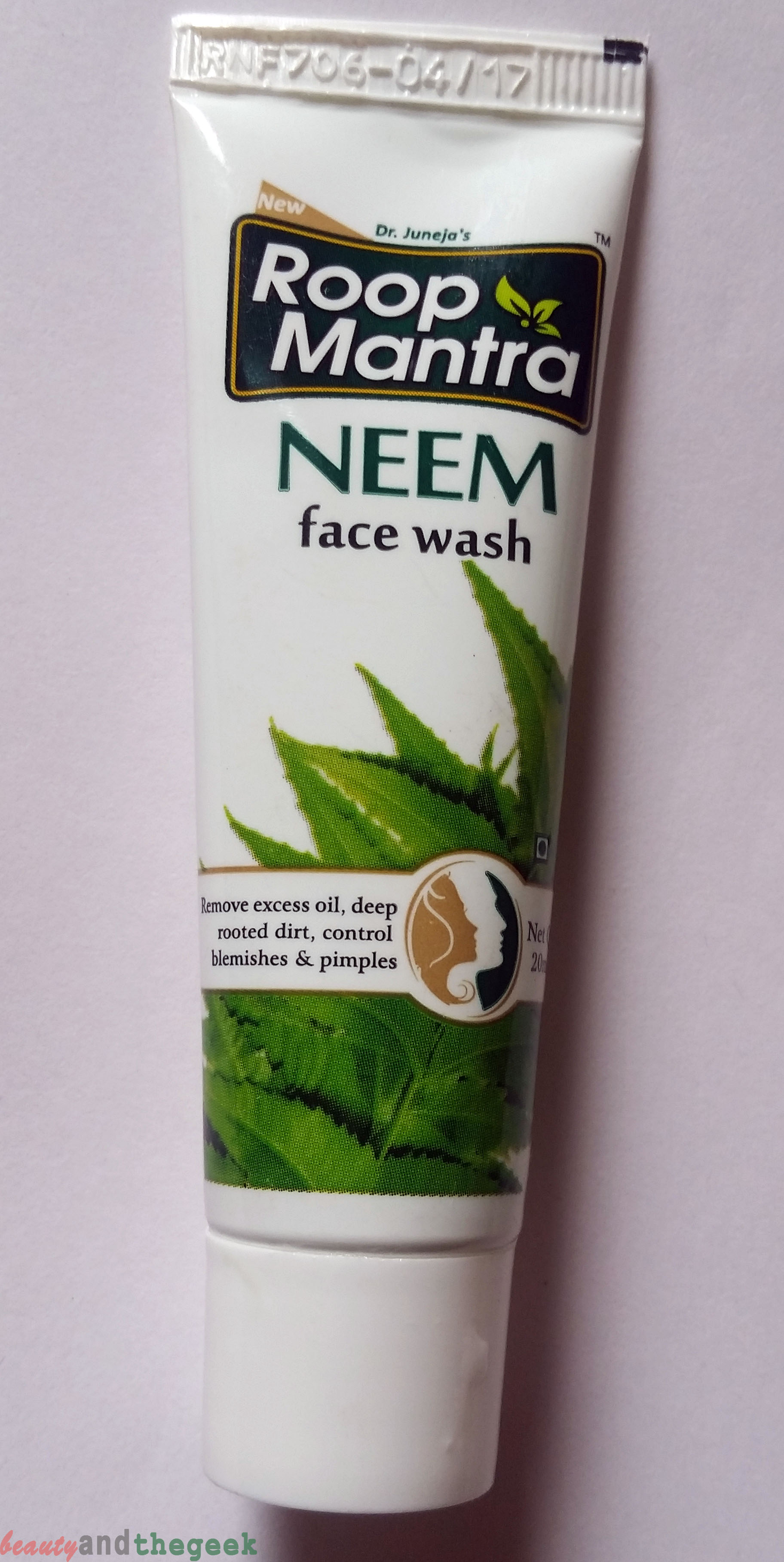 Roop Mantra Neem Face wash