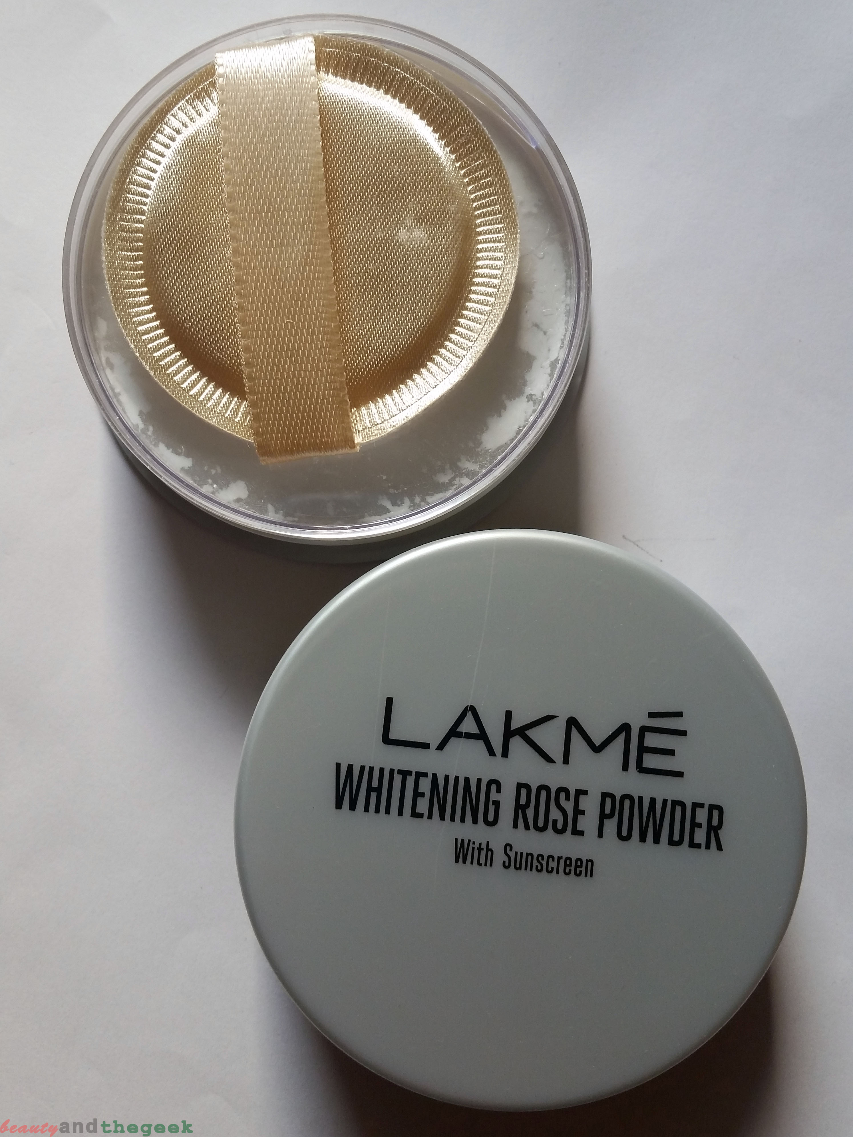 packaging of LAKME Whitening Rose Powder with Sunscreen