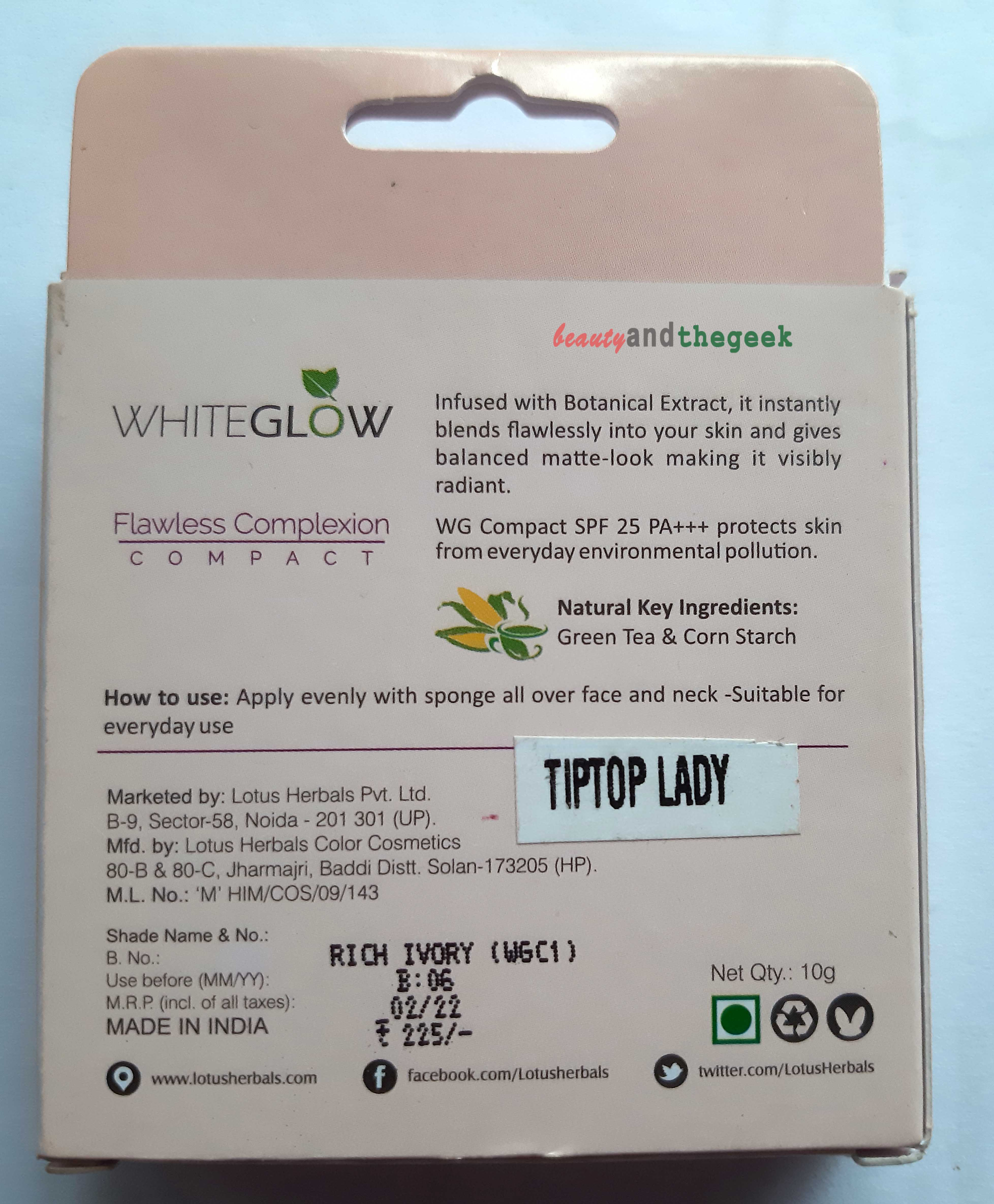Lotus Herbals WhiteGlow Flawless Complexion Compact Powder claims